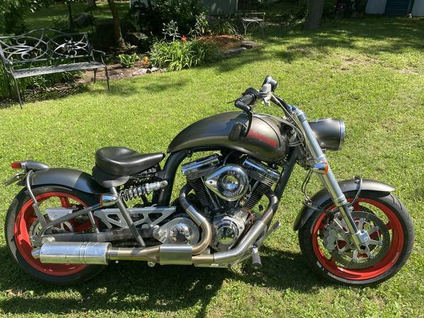 Photo Used 2001 Confederate Motorcycles Cruiser Motorcycle  $10250