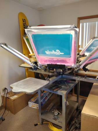 Photo silkScreen Shirt press,,6 color,,4 station - $650 (Dracut)
