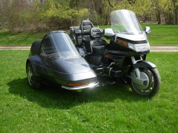 Photo 1988 Honda Goldwing and Chion Sidecar - $12,345 (Scranton)
