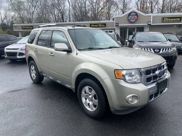 Photo 2011 Ford Escape  V6  Keyless Entry  Heated Seats  Alloy Wheels - $6,300 (Marshalls Creek)