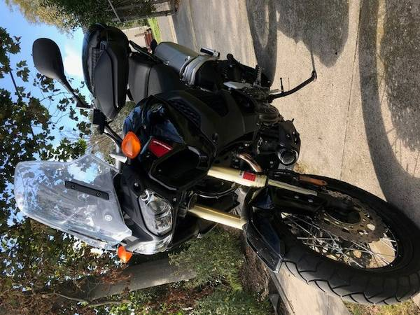 Photo 2012 Yamaha Super Tenere XT1200Z - $85 (Oyster Bay)