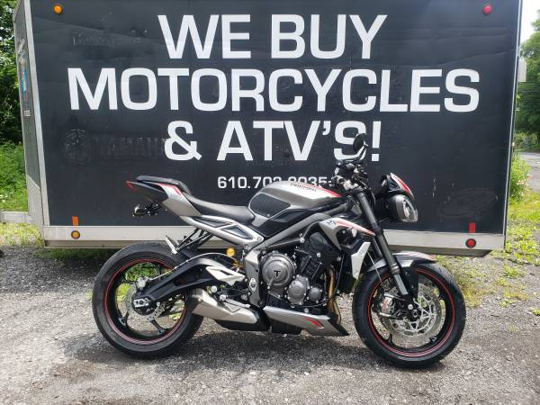 Photo 2020 Triumph Street Triple RS SAME DAY FINANCING - $11,999 (NESQUEHONING)