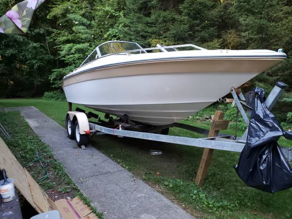 Photo 21 ft Sea Ray Bowrider - $1,500 (Lakeville)
