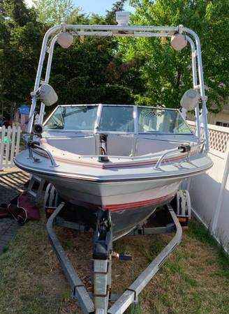 Photo Four Winns Horizon 170 1739 IO Boat - $1,500 (Wallington, New Jersey)