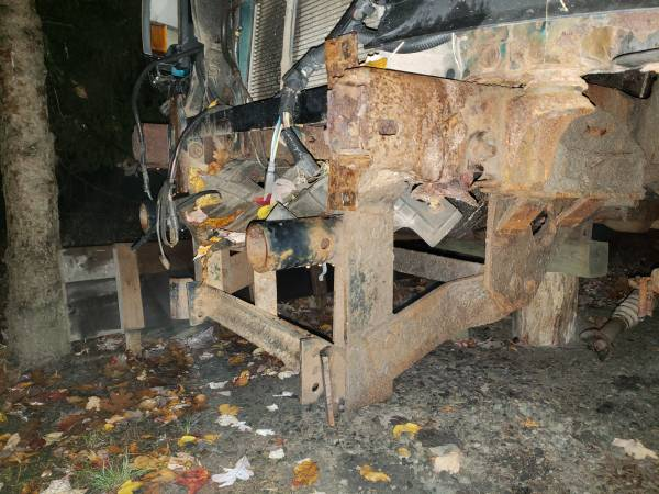 Photo Meyers snow plow mount 1992-1998 ford - $300 (Milford)