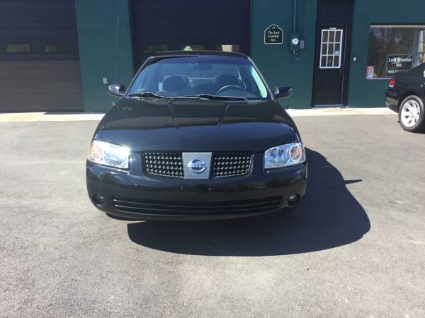 Photo Nissan Sentra low miles - $2450 (Blairstown NJ)