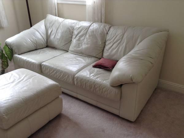 Photo Off white leather sofa bed - $350 (Mount Pocono pa)