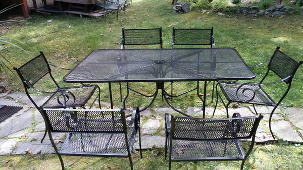 Photo Outdoor furniture-patio set-Wrought iron-7 PC - $580 (Hawley,PA)