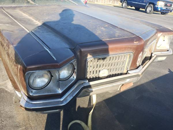 Photo Parting out 1971 Oldsmobile 98 coupe (STROUDSBURG)