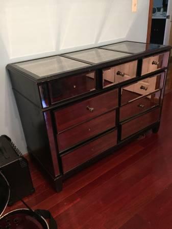 Photo Pier One mirrored dresser - $400 (Stroudsburg)