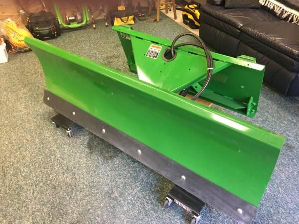 Photo Snow Plow For John Deere Tractor - $2,600 (Kresgeville)