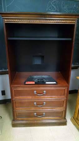 Photo TV Stand With Drawers From The Waldorf Hotel, By American Furniture - $75 (Reeders)