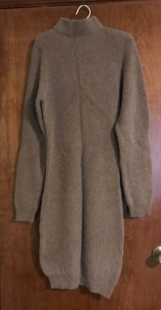 Photo Vintage 1980s HM Hermes Collection Sweater Dress Size M - $50 (NORTH WESTERN NJ)