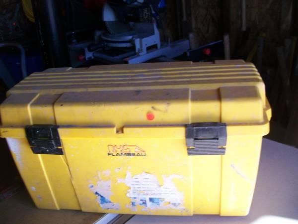 Photo yellow tool box,  tool box - $10 (STROUDSBURG)