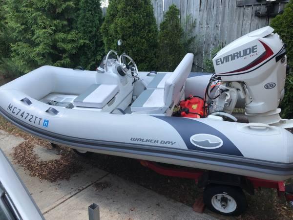 Photo 12 ft WakerBay with 30 hp Evinrude - $12,000 (Lexington)