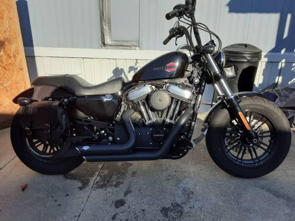 Photo 2019 Harley Davidson sportster 48 - $9,000 (saline)