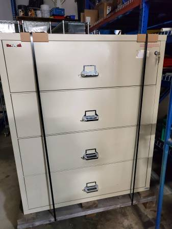 Photo Fire King Lateral File - $350 (Port Huron)