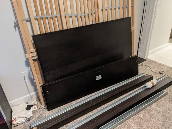 Photo Free Queen Size Ikea Bed Frame Black - MALM (Novi)