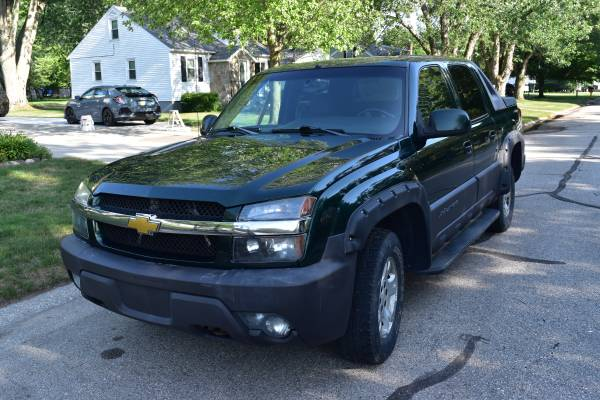 Photo SOLD - 2003 Chevy Avalanche Z71 - $5250 (Port Huron Township)