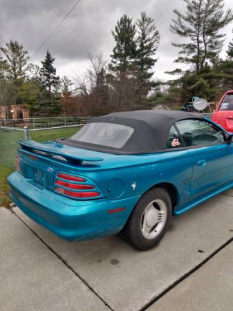 Photo Trade 94 mustang convertable for truck (Port Huron)