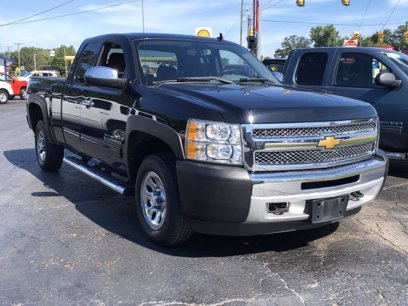 Photo Used 2013 Chevrolet Silverado 1500 4x4 Extended Cab LS for sale