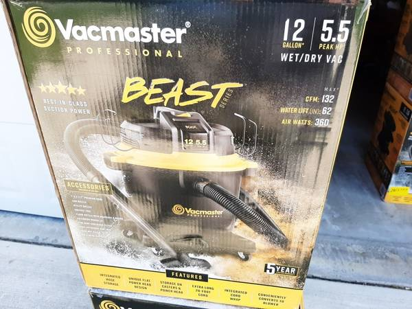 Photo Vacmaster Professonal 12 Gallon WetDry Shop Vac -NEW - $55 (Saint Clair Township)
