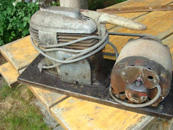 Photo Vintage Air Compressor - $50 (Avoca)