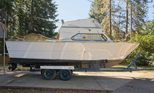 Photo 1975 Carver Cabin Cruiser - $5,500 (Hillsboro)