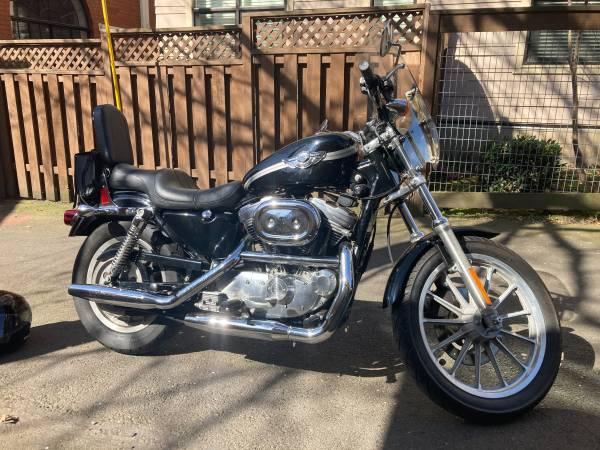Photo 2003 Harley Sportster 883 Hugger (XLH) - $4,000 (Portland)
