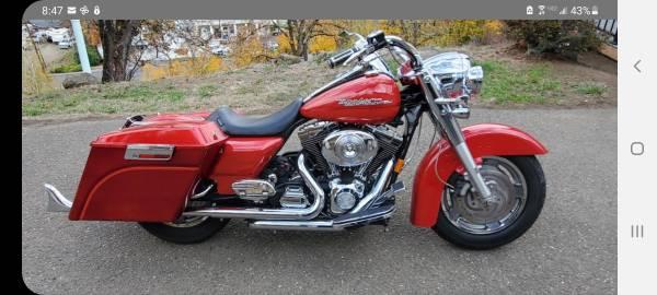 Photo 2004 Harley Davidson road king - $7,300 (Roseburg Oregon)