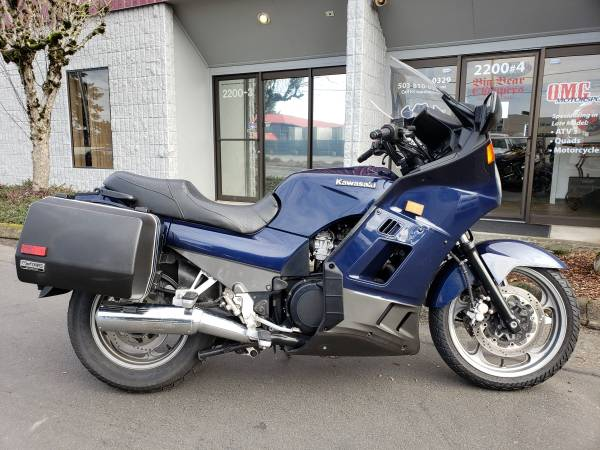 Photo 2006 KAWASAKI CONCOURS ZG1000A LOW MILES - $3,000 (PDX  OMG MOTORSPORTS  YES WE BUY BIKES)