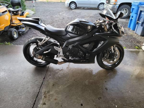 Photo 2007 Suzuki GSXR 600 - $6,500 (Woodland)