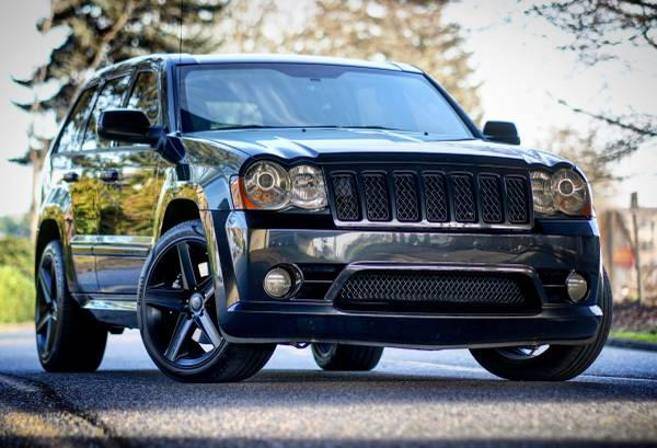 Photo 2008 JEEP GRAND CHEROKEE SRT8 4X4 420HP 6.1L HEMI suv NEW PRICE - $19999 (Portland OR)