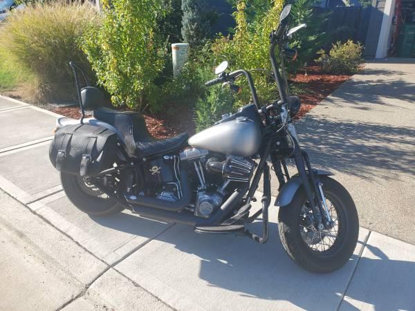 Photo 2009 Custom Harley Davidson Softtail Crossbones - $11,000 (West linn)