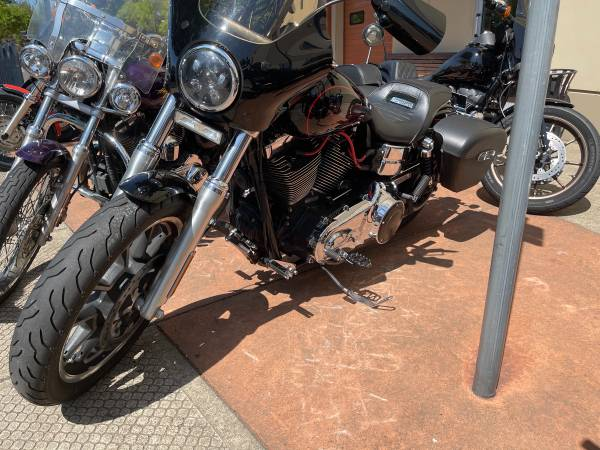 Photo 2017 Harley Dyna low rider - $13,500 (Sandy)