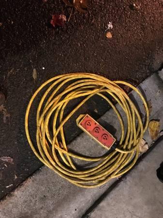 Photo 50 Foot Heavy Duty 3-Wire 12 Gauge Extension Power Cord W Ground - $60 (Portland)