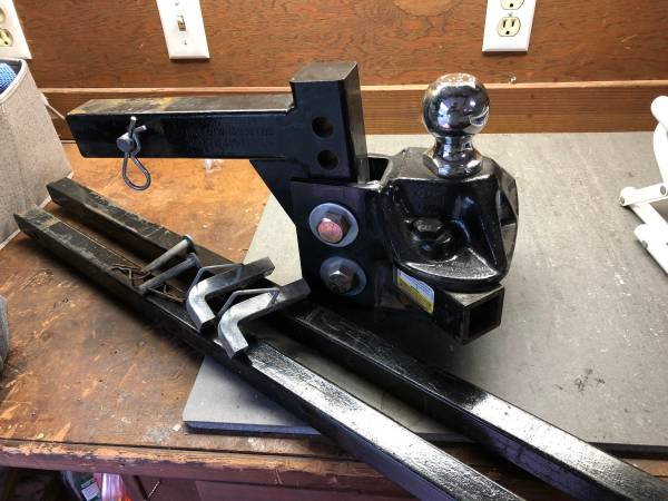 Photo 6000 lb GTW Equal-I-zer Hitch and Sway Bars - $200 (Durham)
