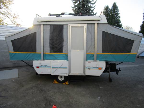 Photo 94 Coleman Cedar Tent Trailer Lightest Trailer  - $4000 (Portland)