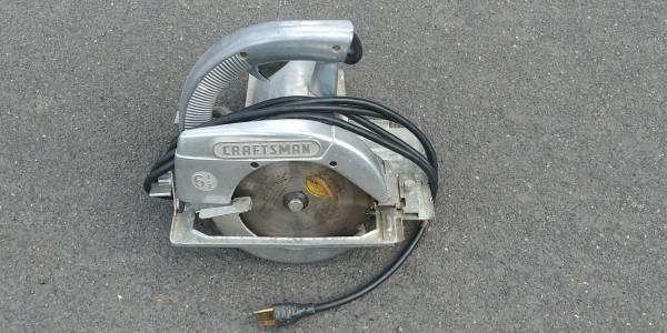Photo All metal vintage Craftsman circular saw - $25 (Beaverton)