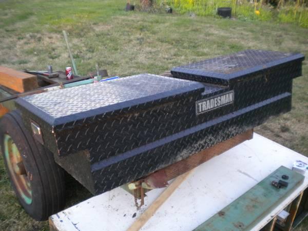 Photo Aluminum (small) truck box - $50 (La Center WA)