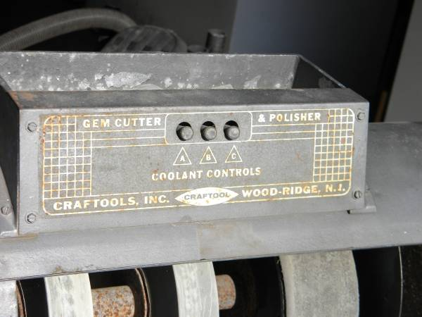Photo CRAFTOOL GEM CUTTER LAPIDARY WITH TRIM SAW - $1,400 (Clark County)