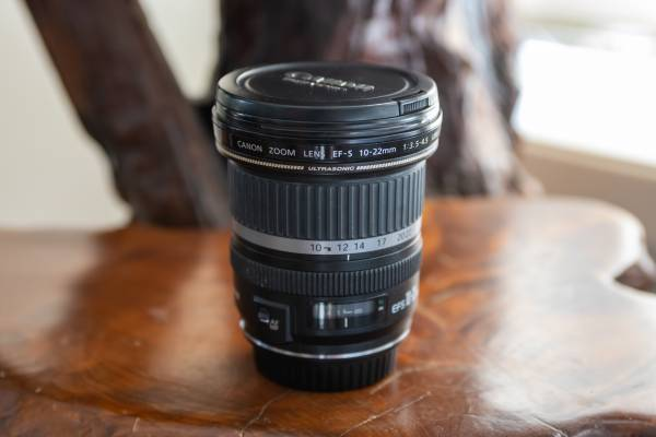 Photo Canon 10-22 EF-S Lens - $200 (Forest Grove)