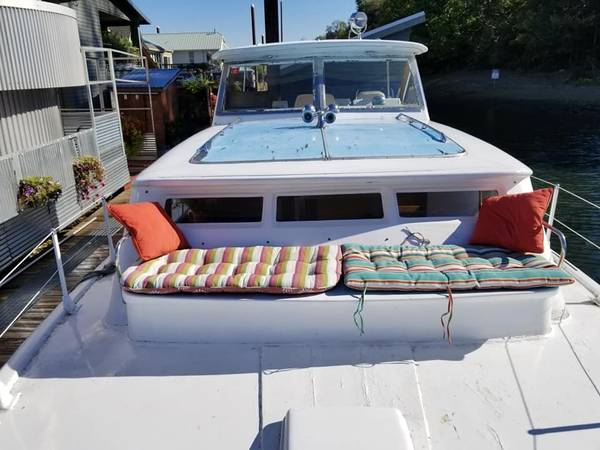 Photo Chris Craft Yacht Starred in Portlandia - $5000 (Portland)