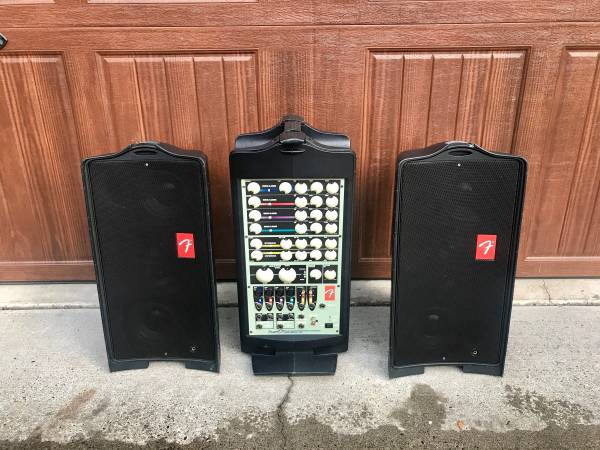 Photo Fender Passport PD-250 All in One Full Size Portable PA System - $500 (Clackamas)