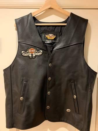 Photo Harley Davidson leather vest - $125 (Lake Oswego)