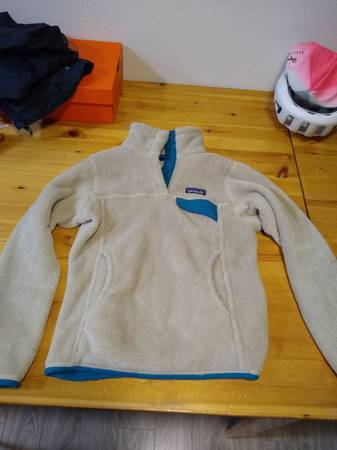 Photo Patagonia Synchilla Fleece - $60 (Portland)
