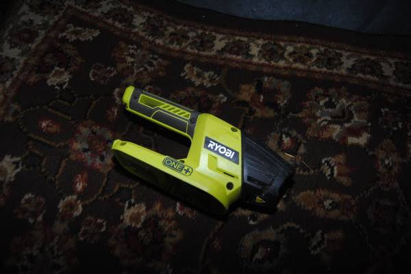 Photo Ryobi Light 18 Volt - 18v - $20 (NE Portland)