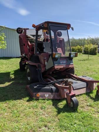 Photo TORO GroundsMaster 580-D Large Mower 2 WD. - $7,000 (Yacolt)