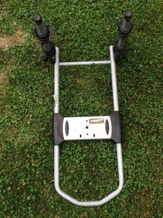 Photo Thule Spare me Bike carrier- Mount onto outside SPARE Tire on rear. - $60 (Tualatin)