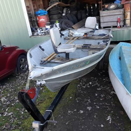 Photo Valco 1339 aluminum boat w trailer - $750 (Hillsboro)